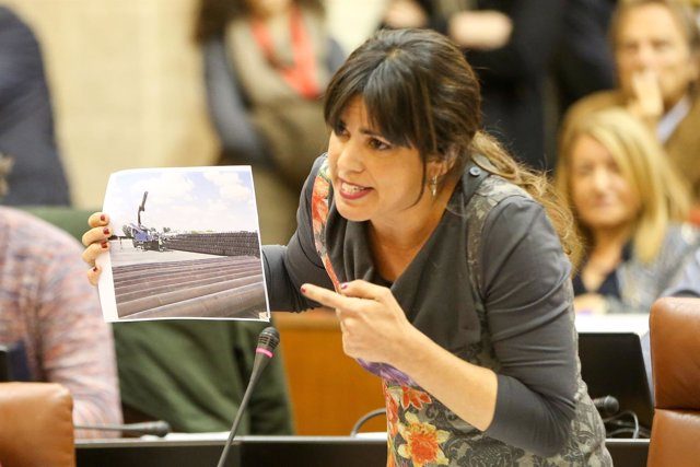 Teresa Rodríguez debate con Susana Díaz en el Parlamento andaluz