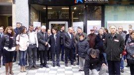 Gil (CCOO) dice que la muerte del director del banco en La Solana es un accidente laboral y pide más seguridad