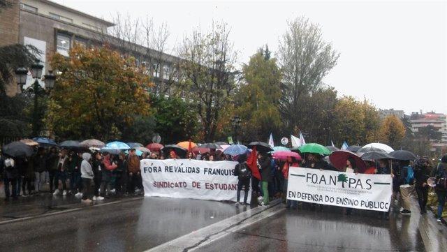 Foto: Manifa Estudiantes Vigo