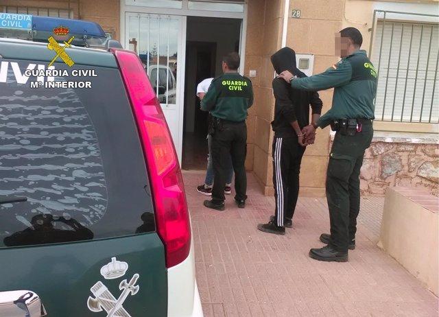 La Guardia Civil localiza y detiene a los dos presuntos atracadores