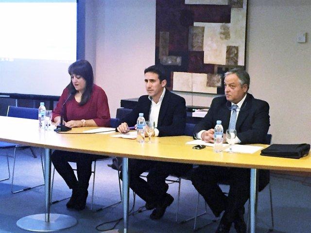 El diputado de Fomento, Óscar Liria, ha inaugurado las jornadas.