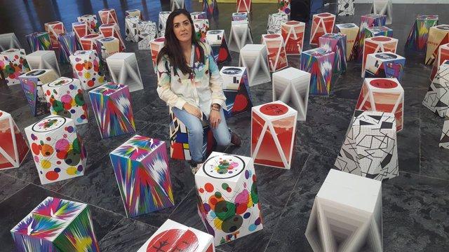 La artista Irene Naranjo impulsa la iniciativa 'Brújulas por la Igualdad'.