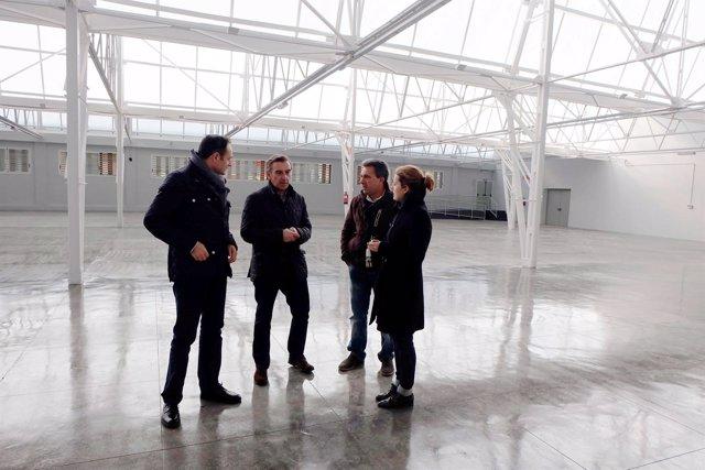 El alcalde de Tarazona ha visitado la nave recuperada del recinto ferial