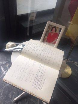 Libro de condolencias por la muerte de Rita Barberá