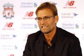 """Klopp asegura que en el Liverpool """"la puerta está siempre abierta"""" a Gerrard"""