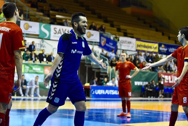 Rafael del Inter Movistar celebra un gol en la UEFA Futsal Cup