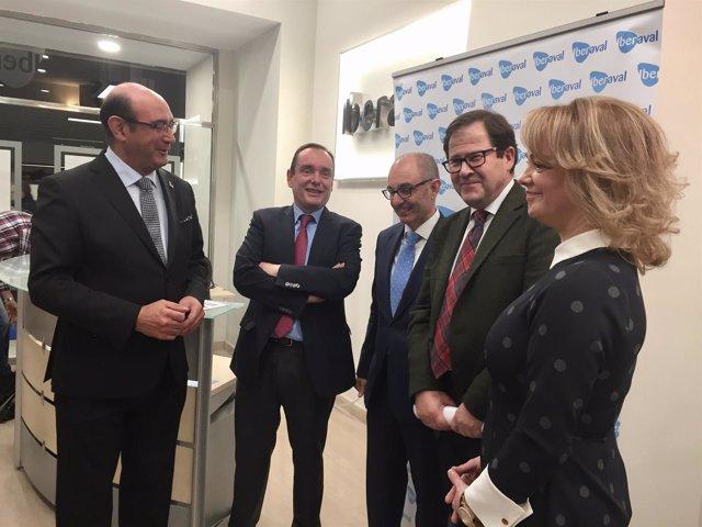 Inauguración de la nueva oficiona comercial de Iberaval en Burgos