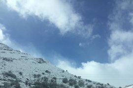 La nieve y el hielo obligan a cerrar dos puertos de montaña de Salamanca y a usar cadenas en nueve tramos