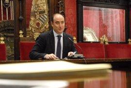 García Montero podría disputar la presidencia del PP de Granada a Pérez