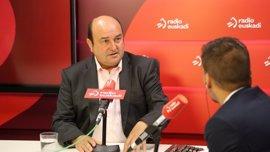 """Ortuzar cree que en un plazo de dos años debería estar """"casi"""" cerrado un texto de nuevo autogobierno para Euskadi"""