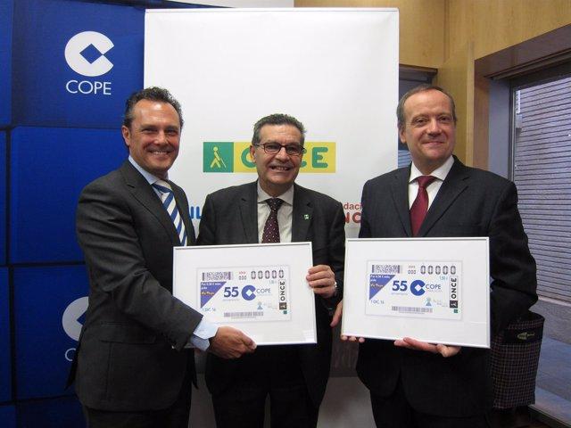Ángel Herrero, Ignacio Escanero y Ernesto Meléndez han presentado hoy el cupón