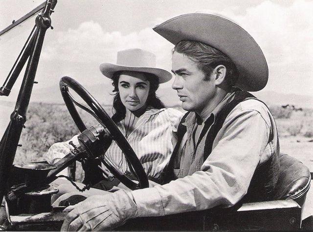 James Dean y Elizabeth Taylor