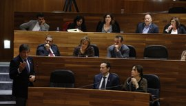 Fernández defiende su compromiso con Asturias y a las consejeras de Fomento y Agroganadería ante las críticas del PP