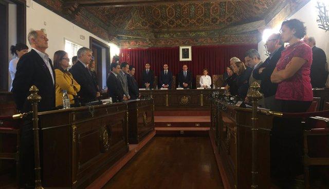 Los diputados provinciales de Valladolid guardan un minuto de silencio