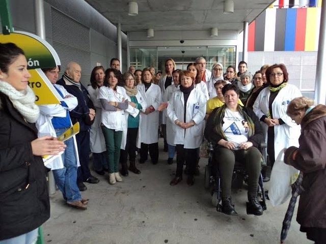Minuto silencio jornada de puertas abiertas en el Centro de Salud Sector Sur