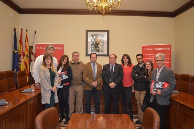 Representantes de la DPT, ATADI, ASAPME y Fundación Mapfre tras la firma