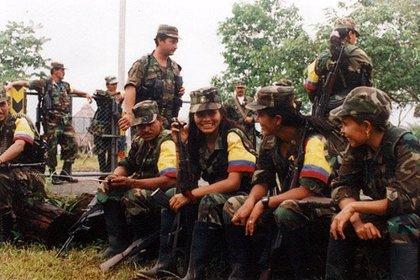 Las canciones de las FARC, en las montañas suenan más que tiros