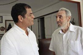 "Rafael Correa lamenta la muerte de Fidel Castro, ""un grande"""