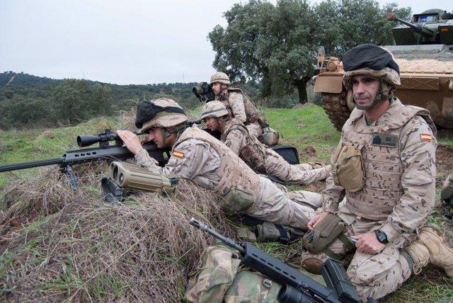 Militares de la Brimz X de Cerro Muriano realizan un ejercicio