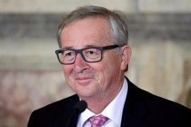"""Juncker destaca la muerte de """"una de las figuras revolucionarias del siglo XX"""""""