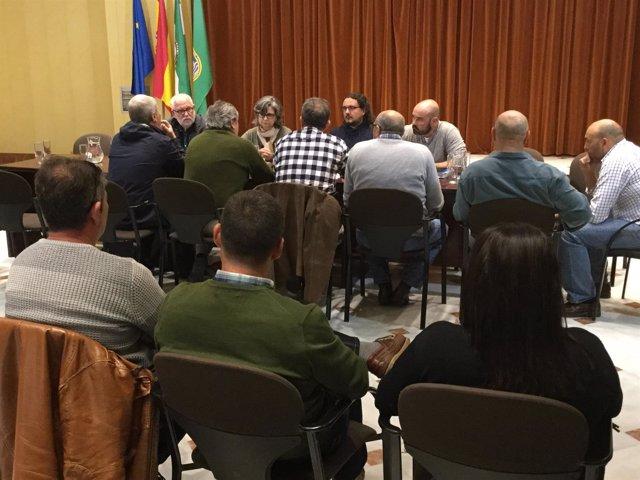 Encuentro de Paloma López (IU) con comités de la base de Rota