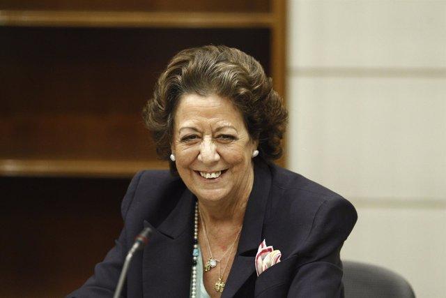 Rita Barberá se estrena en el Grupo Mixto del Senado