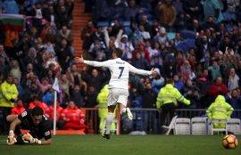 El 'Pichichi' Cristiano alarga la racha de un Real Madrid gris