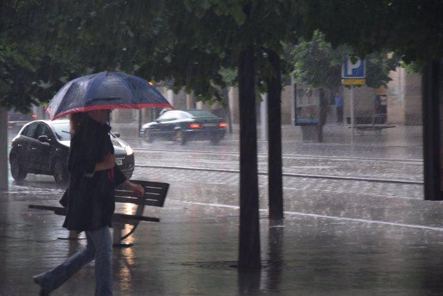Lluvia en Zaragoza.