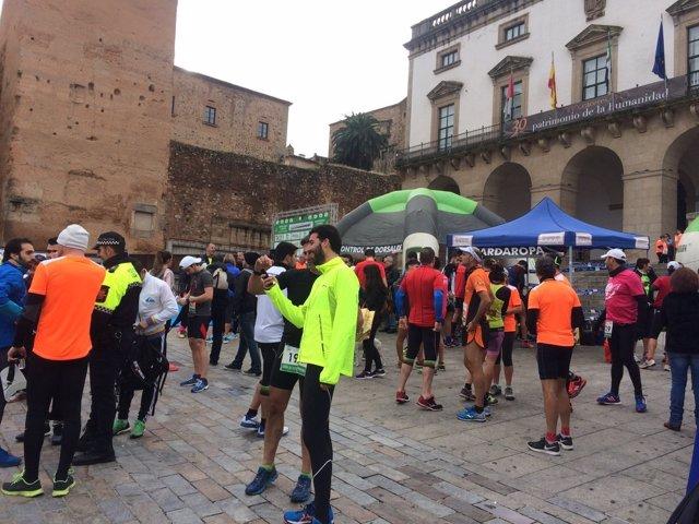 Carrera solidaria contra el SIDA en Cáceres