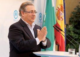 """Zoido llama al PP-A a """"cerrar filas"""" en torno a Moreno por si se adelantan las autonómicas"""