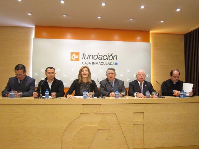 Presentación de las ayudas de CAI y ASC que beneficiarán a 100 niños de Zaragoza