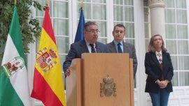 Zoido dice que los yihadistas estaban en España desde 2015 y evita hablar de sus objetivos