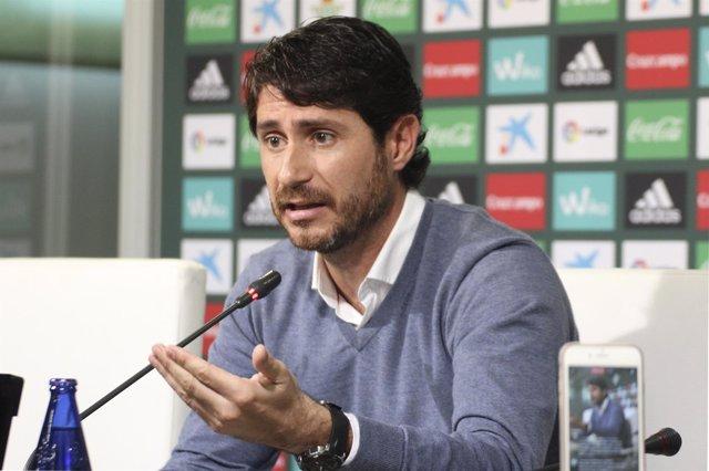 El entrenador del Real Betis, Víctor Sánchez del Amo