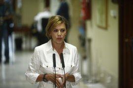 """Cospedal avisa a la sociedad de los riesgos y dice que """"España es segura porque tiene unas buenas Fuerzas Armadas"""""""