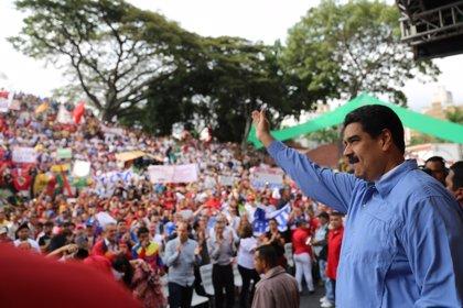 """Maduro asegura que impedirá """"como pueda"""" que la oposición se levante de la mesa de diálogo"""