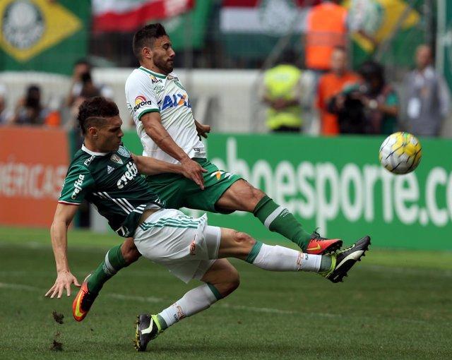 Alan Ruschel en el Chapecoense-Palmeiras
