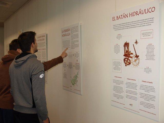 Exposición en la UPNA.