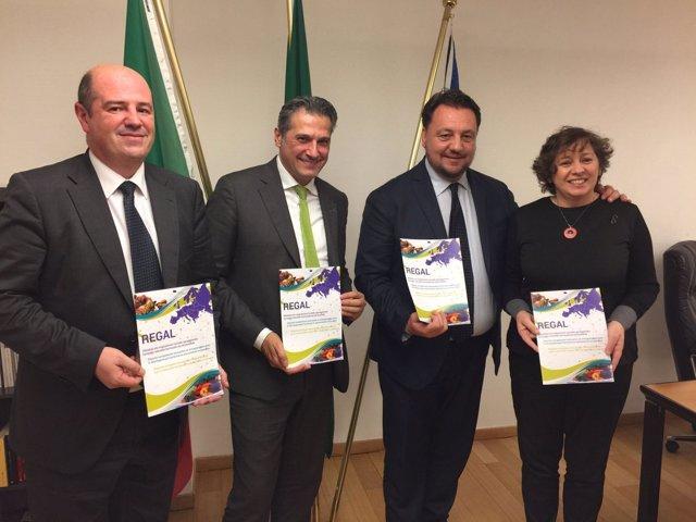Elizalde, con los representantes de Euskadi, Liguria y Lombardia.