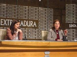 """La consejera de Hacienda dice que Podemos """"falta a la verdad"""" en su enmienda a la totalidad de los PGEx"""