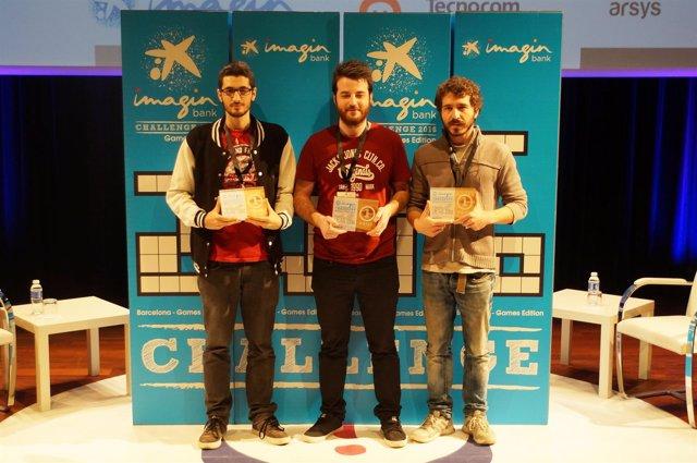 Integrantes del primer equipo ganador de la imaginChallenge