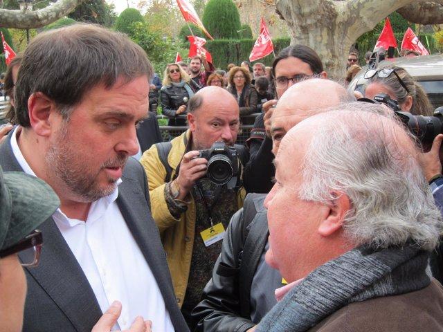 Conseller O.Junqueras con portavoces de sindicatos