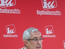 """Llamazares (IU) teme que el PSOE le haya dado """"gato por liebre"""" en política lingüística"""