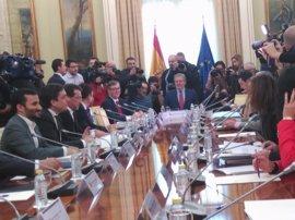 PSOE, Podemos y C's celebran la rectificación del Gobierno sobre las 'reválidas'