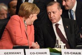 """Erdogan afirma que Turquía """"aún no ha cerrado el capítulo de la UE"""""""