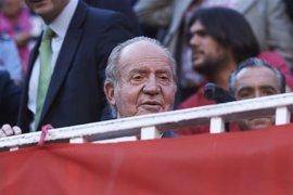 La presencia del Rey Juan Carlos en las exequias de Castro, señal de respeto y cercanía