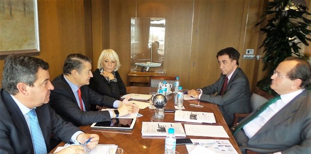 Responsables del PP de Cádiz se reúnen con el presidente de Navantia