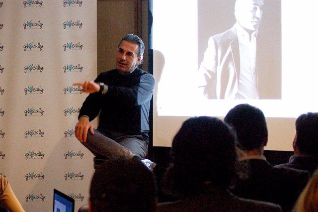 Sergio Scariolo en una charla motivacional