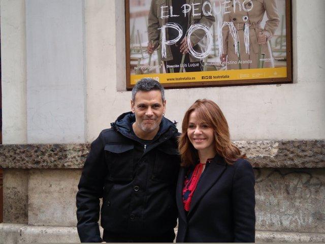 Los actores traen la obra a Valencia después de recorrer otras salas
