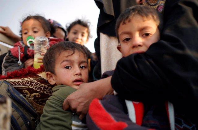 Niños desplazados por la ofensiva en Mosul