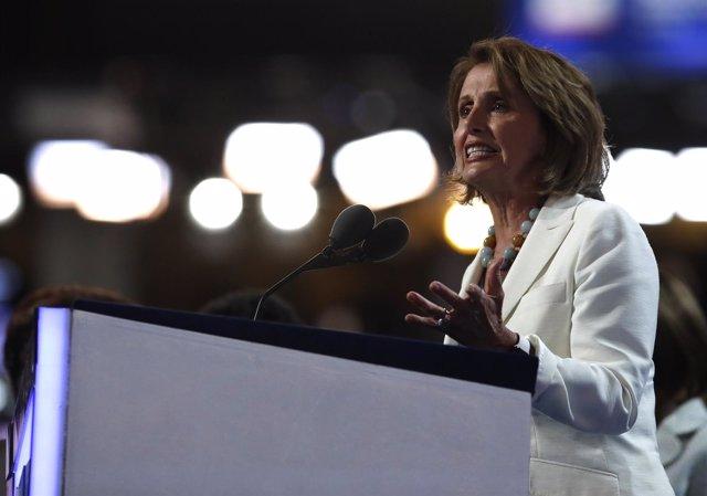 Nancy Pelosi, líder demócrata en la Cámara de Representantes